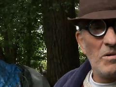 homeless oldmen fucks teeny in trio