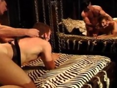 bodybuilder dad gets bj,fucks muscle lad