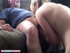 dad copulates her younger male paramour