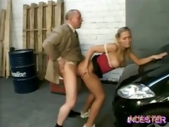 daddy fucked sexy daughter in garage